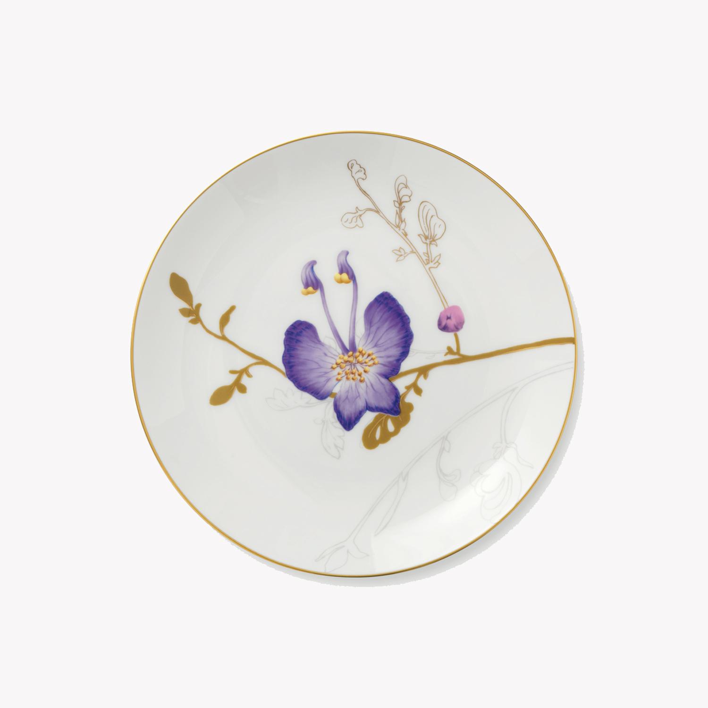 petite assiette en porcelaine motif fleur d 22cm violette nous. Black Bedroom Furniture Sets. Home Design Ideas