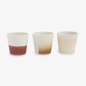 Tasse-Kirstie-Van-Noort-porcelaine-pigments-bruns-v1