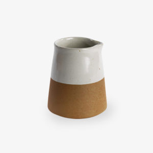 pot-a-lait-terracotta-emaille-blanc-nkuku-1