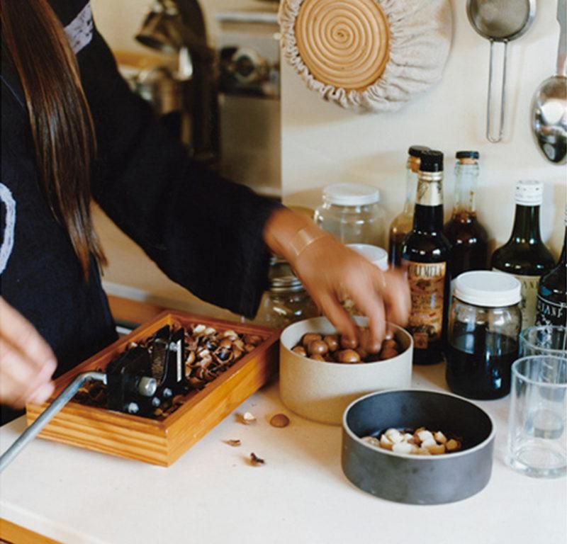 bol porcelaine japonaise noir naturel - Hasami - wabi sabi