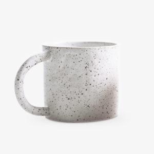 tasse-en-gres-blanc-mouchete-v1