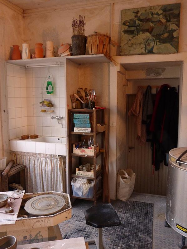 atelier de marion graux céramiste - tour de poterie