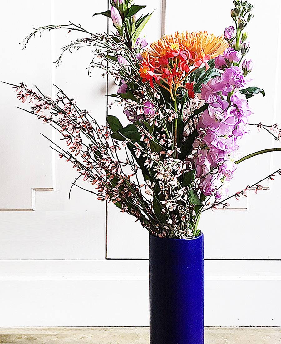 bouquet de saison nous paris rue clauzel fleurs vase les guimards