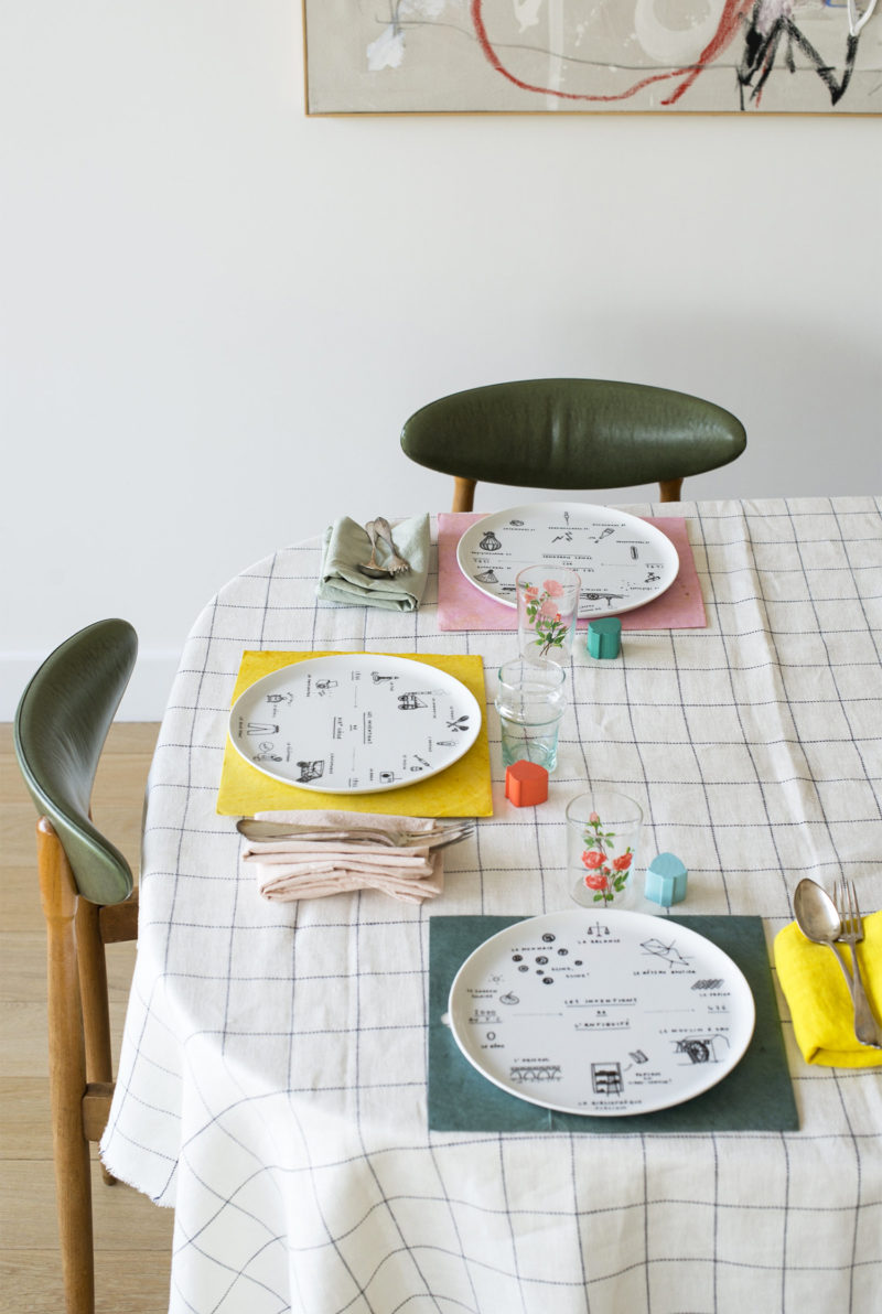 Set de 6 grandes assiettes plates inventions Editions Siblings