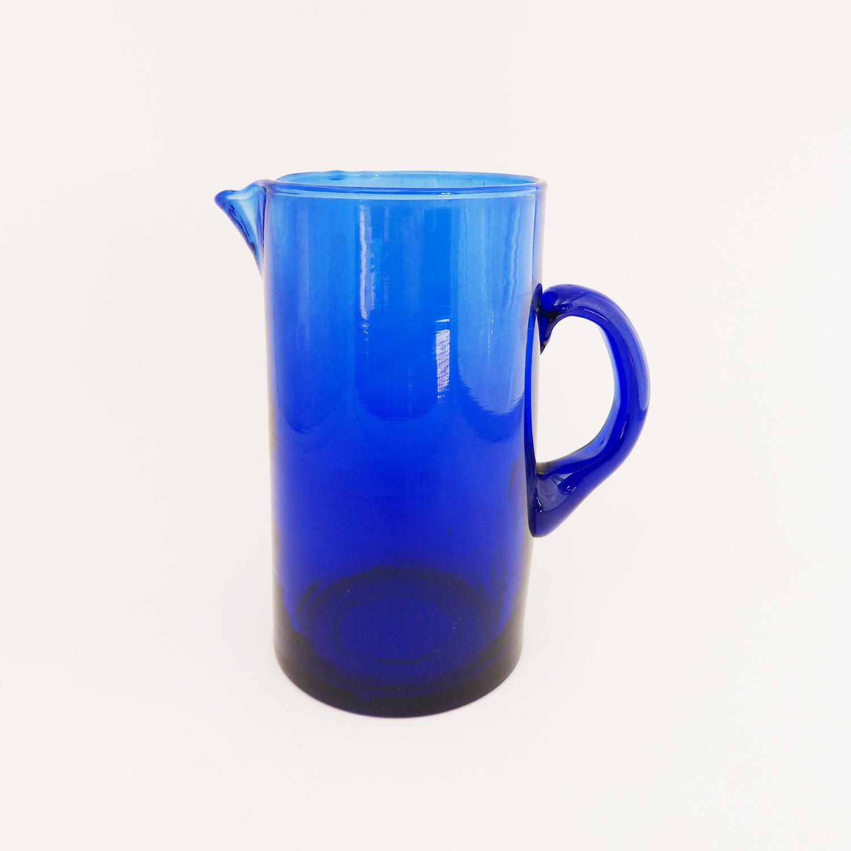 Carafe avec anse soufflée à la bouche de couleur bleue - Verre Beldi