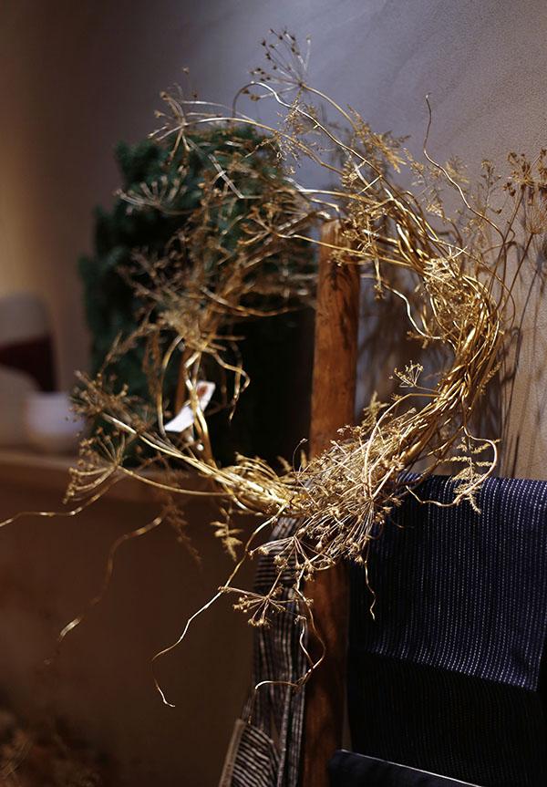 Table de Noel or et blanc
