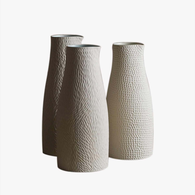 Vase crème gravé Emmanuelle Manche