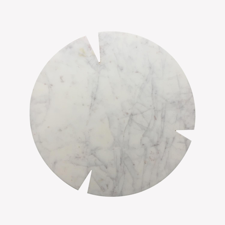Planche ronde en marbre