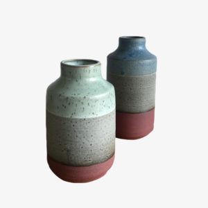 Jim-Green-vase-gres-mouchete-argile-rouge-v1