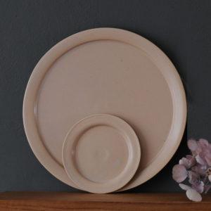 céramique vaisselle japonaise assiette rose Makiko Hastings