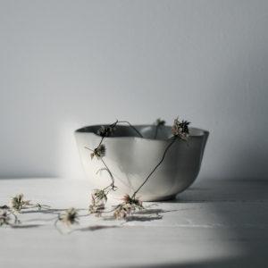 Vaisselle céramique japonaise bol corolle Makiko Hastings