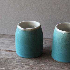Pot à lait en grès émaillé bleu turquoise -Marta Dervin