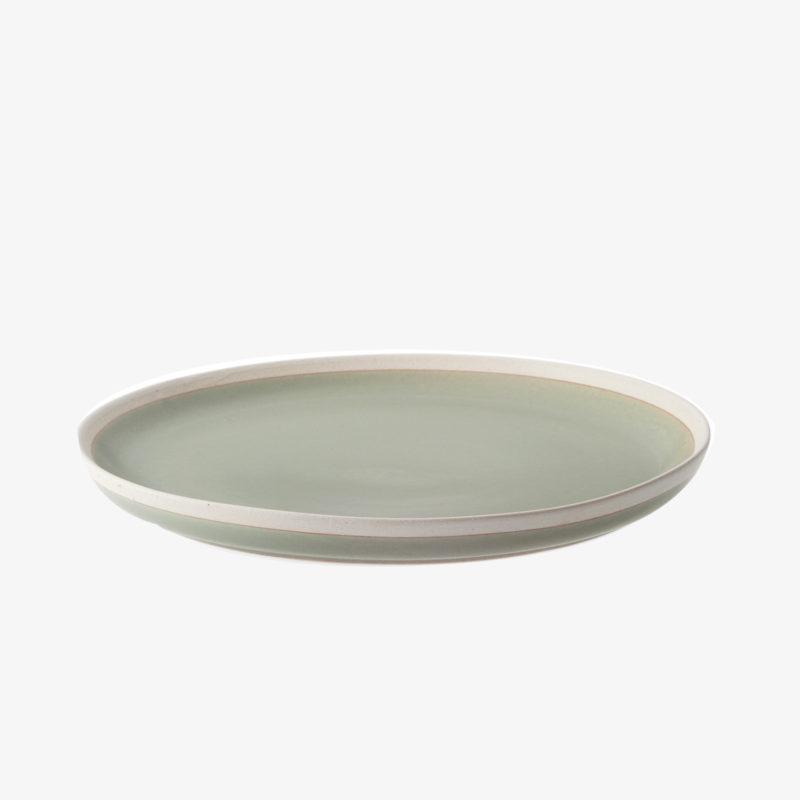 assiette-plate-moyenne-en-argile-emaille-vert-fait-main-au-japon-v1