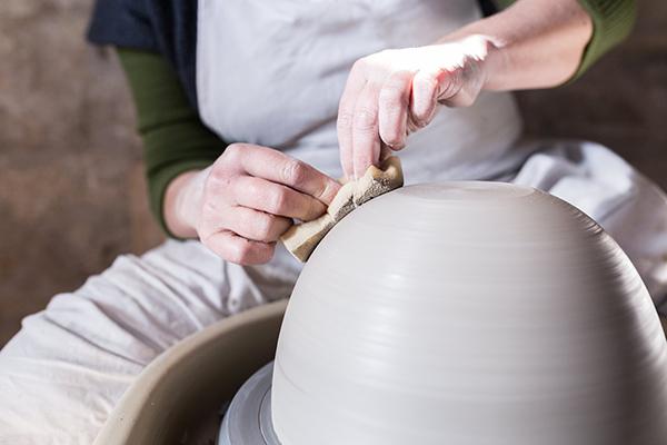 Emmanuelle Manche atelier céramiste artisan créateur travail