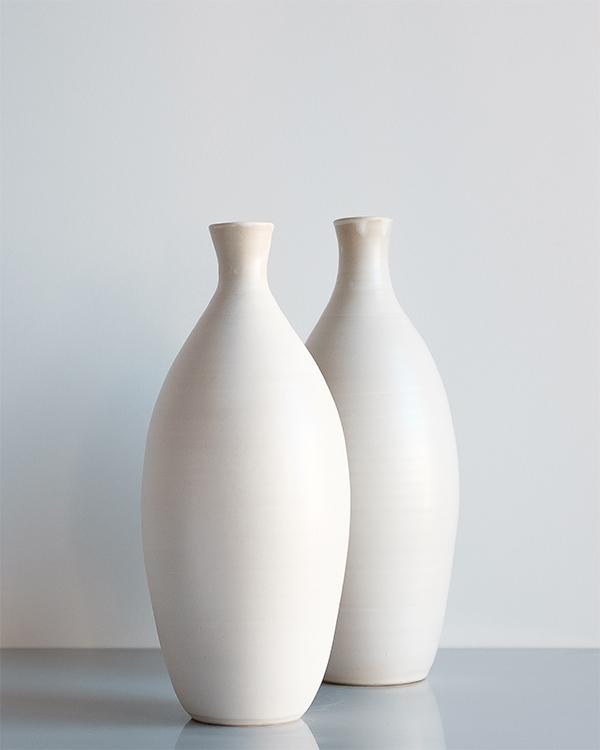 Bouteille vase céramique blanc artisan Arielle de Gasquet