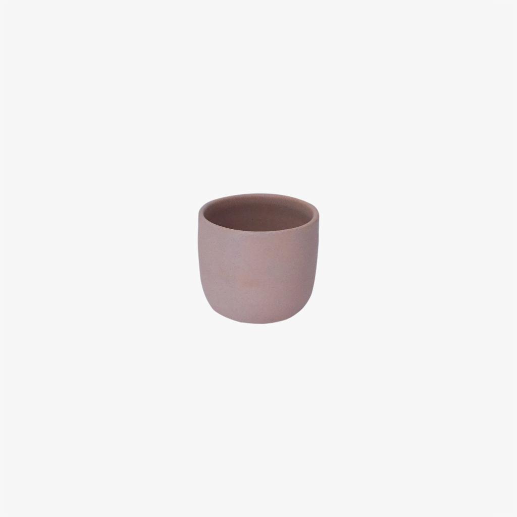 Arielle-de-Gasquet-mini-tasse-porcelaine-rose-v1
