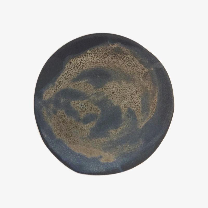 Marion-Graux-Petite-assiette-plate-gres-bleu-lune-mat-v1