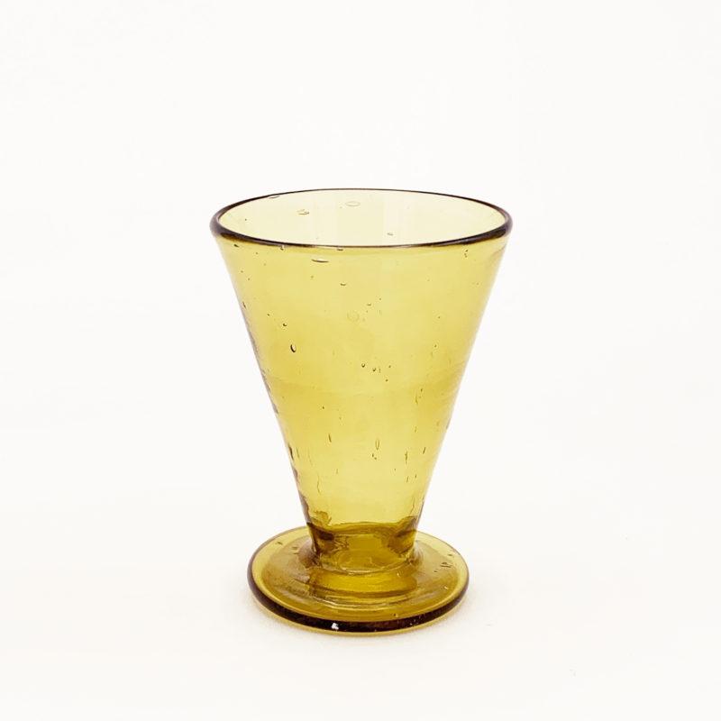 Salaheddin-verre-syrien-Petit-verre-evase-a-pied-ambre-v1