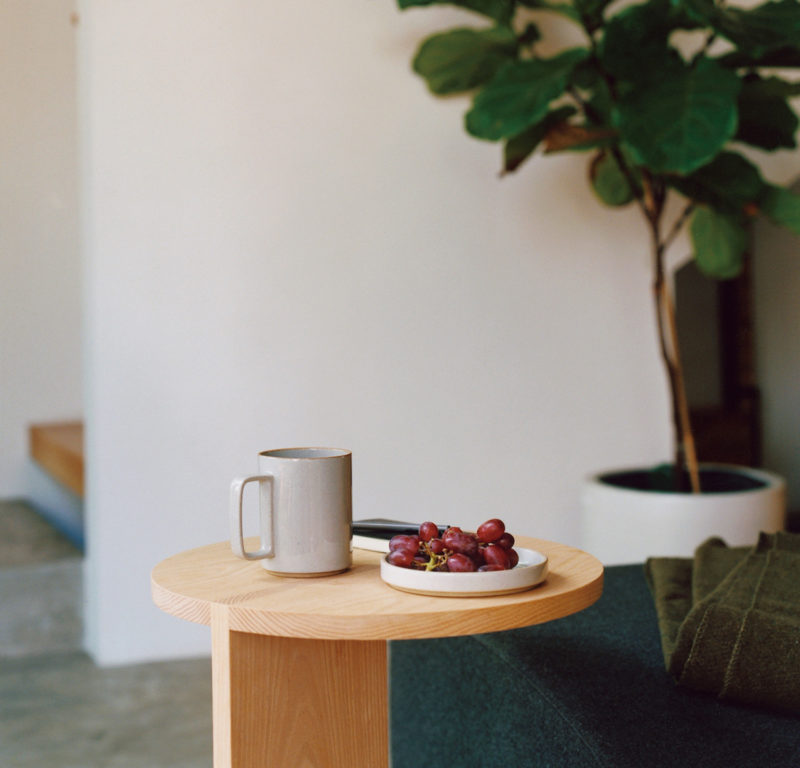 hasami porcelain grand mug gris japonais