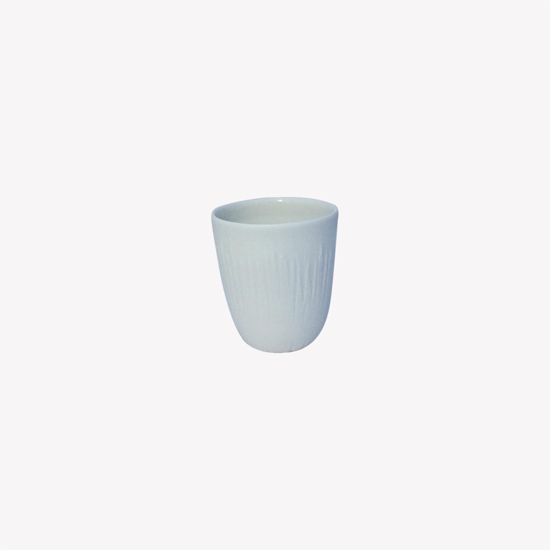 nous paris, petite tasse à expresso en porcelaine blanc motifs lignes, Kaolin'e