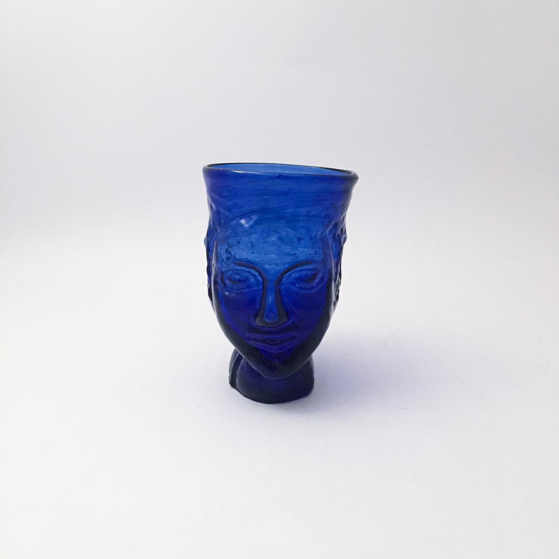 nous paris, verre anthropomorphe bleu, la soufflerie