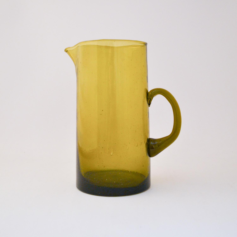 nous Paris, carafe avec anse en verre soufflé jaune, le verre Beldi