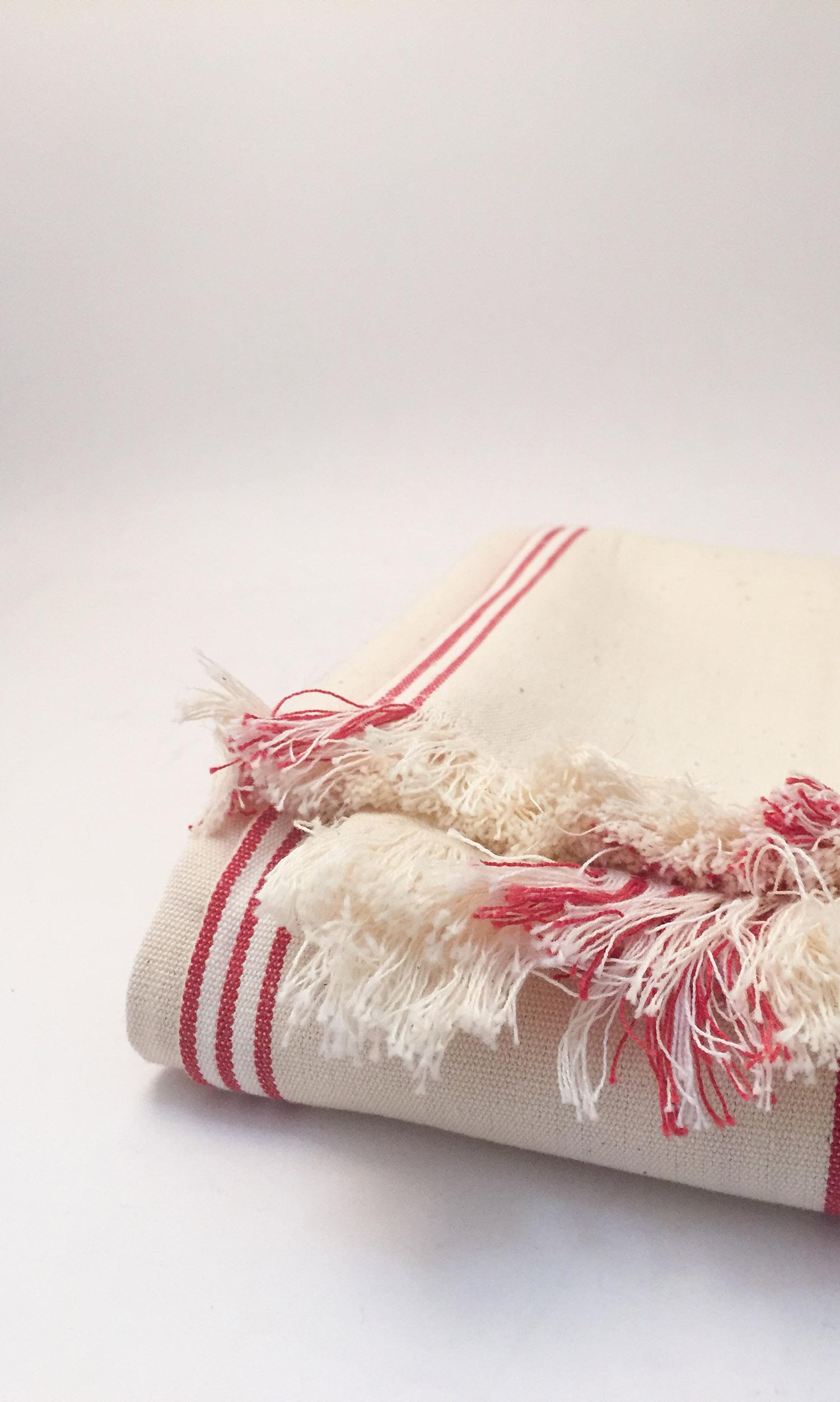 nous paris, nappe à rayures fines en coton
