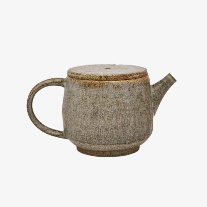 petite-théière-grise-hannah-blacksmith-v1
