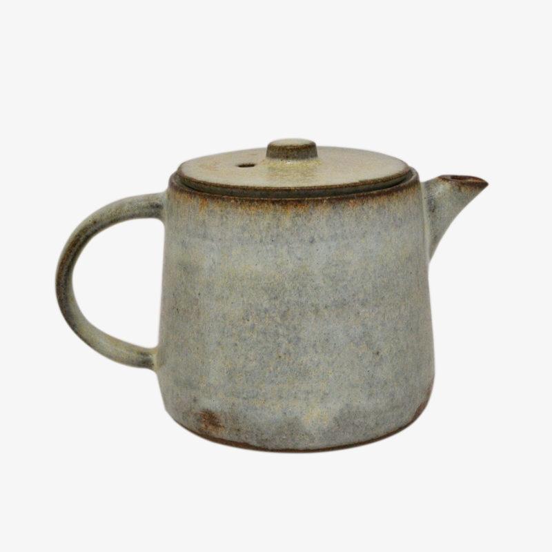 théière-grise-hannah-blacksmith-v1