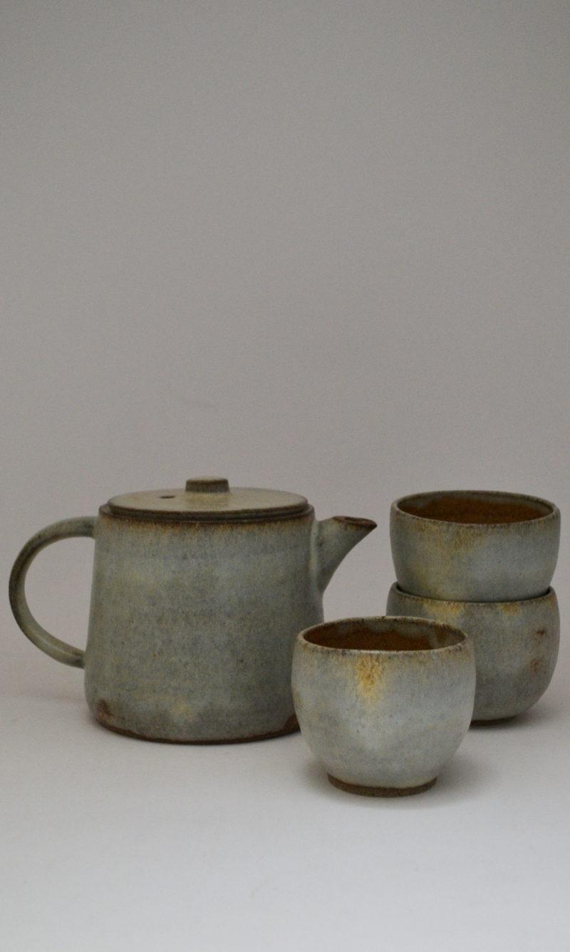 nous paris, grande théière et petite tasse gris en grès émaillé, hannah blacksmith