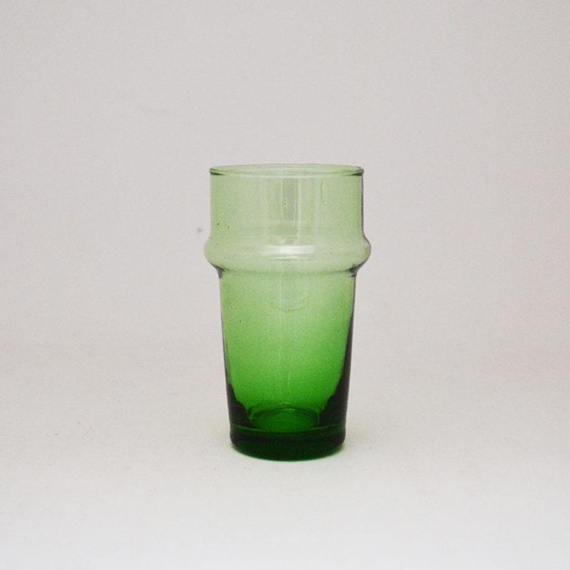 le-verre-beldi-verre-souffle-relief-vert-v1