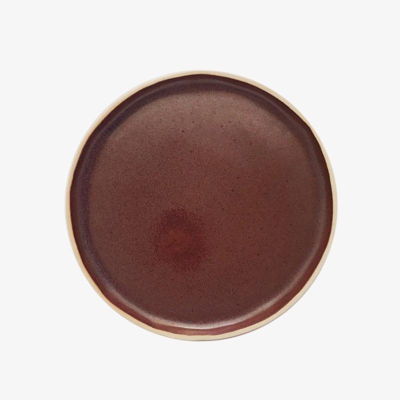 Laurette-Broll-petite-assiette-en-gres-rouge-bordeaux-v1