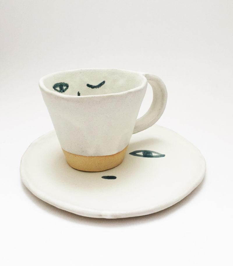 nous paris, mug et petite assiette en gres visage madoka rindal, ceramique contemporaine