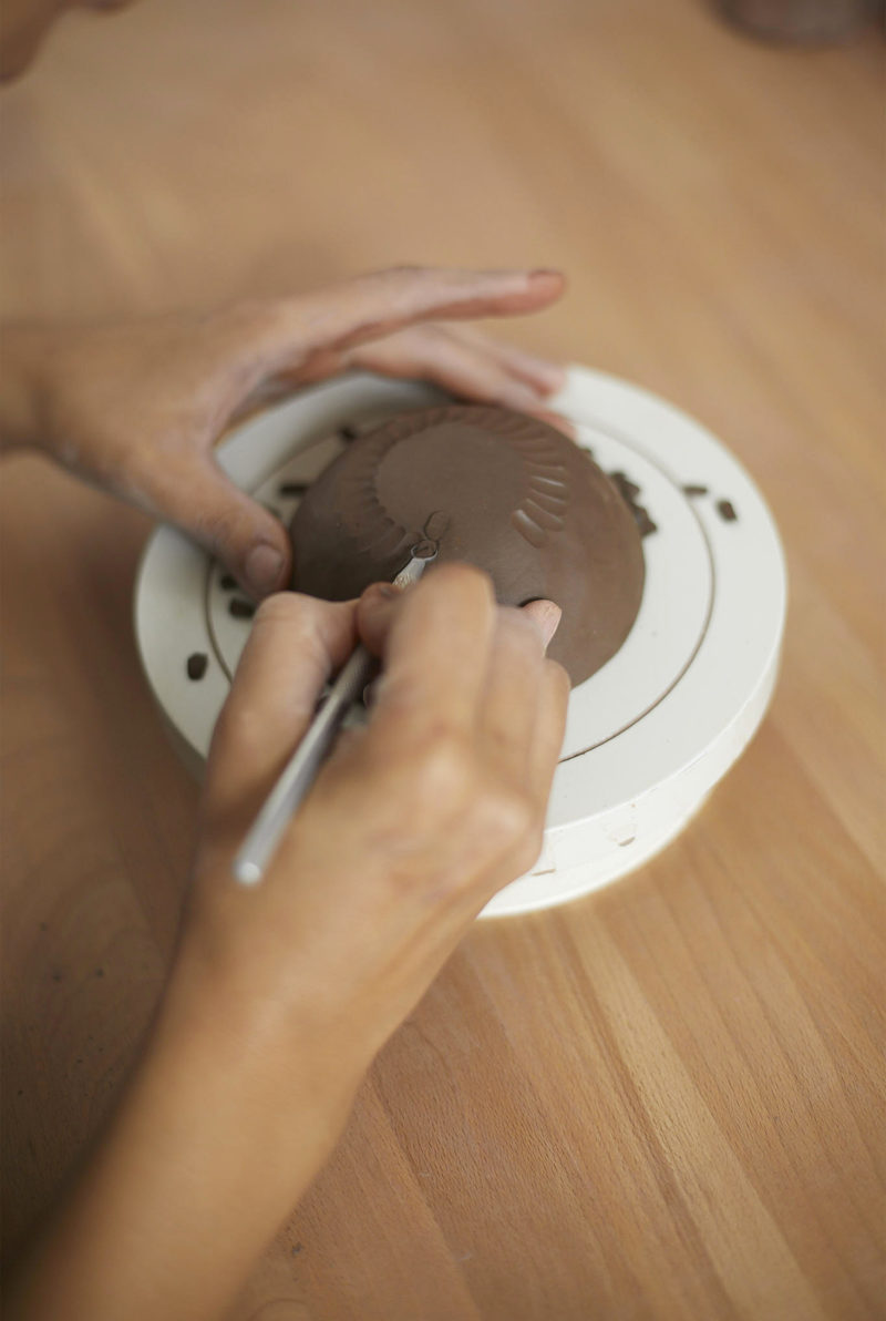 nous paris, petit bol en gres grave madoka rindal, ceramique contemporaine