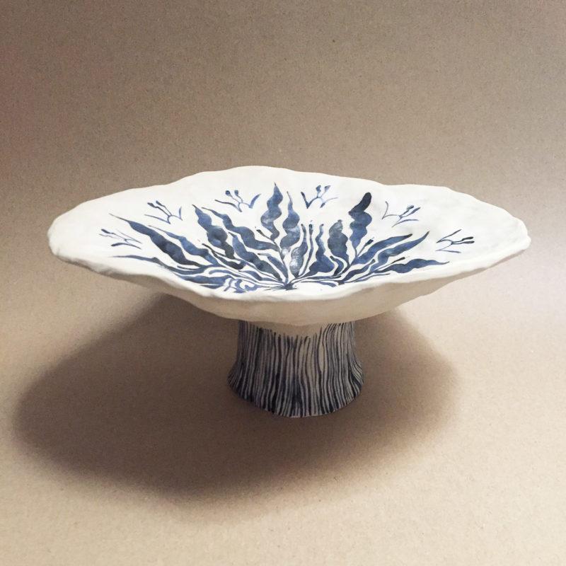 Marie-Yae-Suematsu-coupe-en-gres-peinte-a-la-main-2-v1