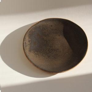 nous paris Lisa Allegra petite assiette plate sand en grès roux email noir argent
