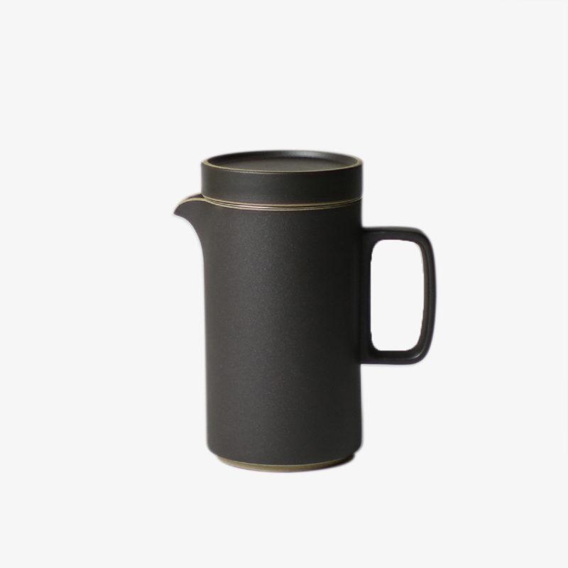 Hasami-Porcelaine-theiere-haute-noire-avec-filtre-integre-v1