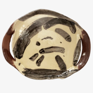 nous paris, grand plat avec anses peint a la main heloise bariol, ceramique contemporaine