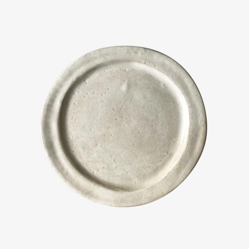 Mathilde-martin-petite-assiette-plate-gres-email-blanc-gris-v1