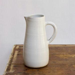 gaelle le doledec pichet ceramique blanc