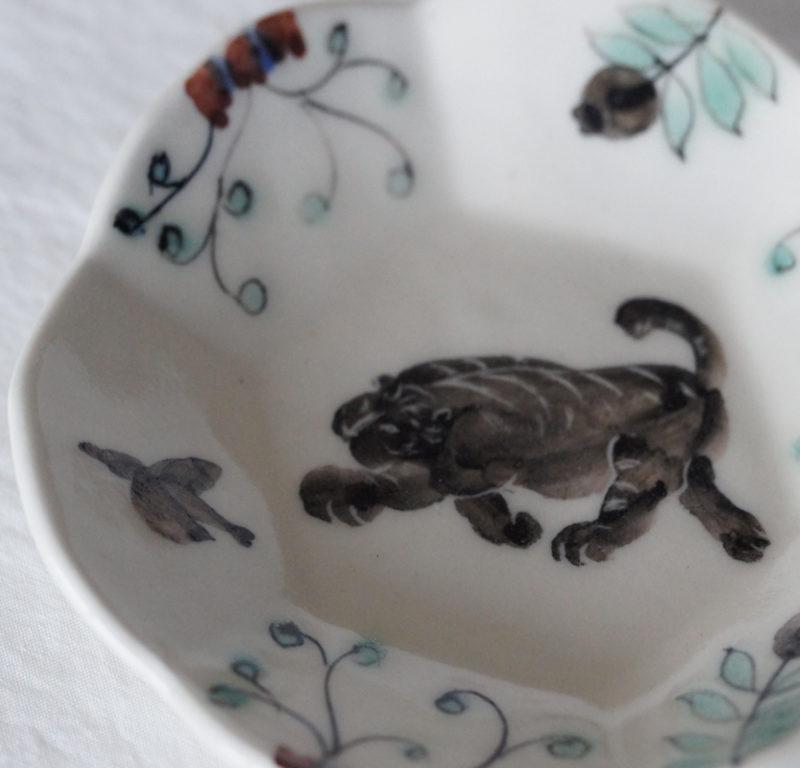 Assiette japonaise peinte a la main par Akiko Tanino