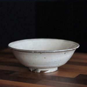Grand bol kohiki blanc ceramique japonaise shigeru inoue