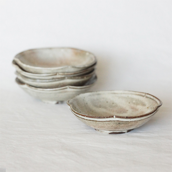 Petite assiette kohiki Shigeru Inoue expo ceramique japonaise