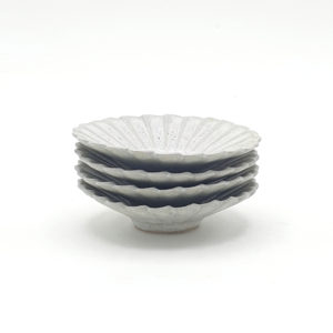 Petites assiettes marguerites ceramique japonaise masahiko yamamoto